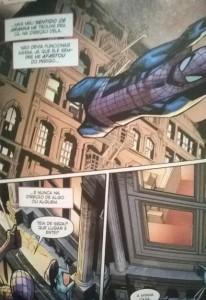 Slott atestando que não sabe o que escreve. Desde a primeira anual, com o sexteto sinistro, o Sentido de Aranha já levou o Aranha a encontrar diversas pessoas.